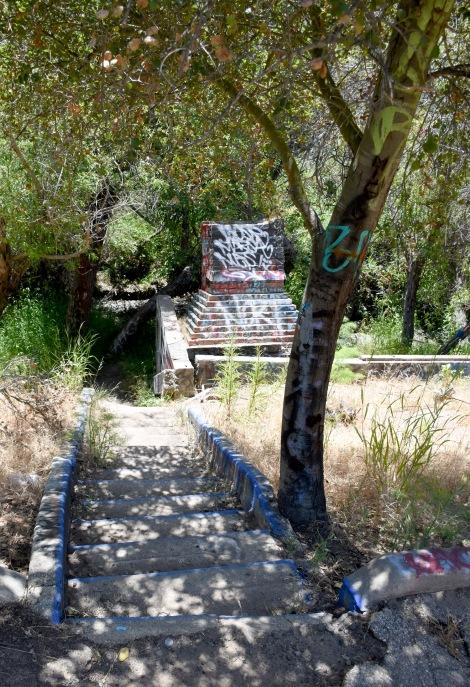 Chimney ruin - Murphy Ranch
